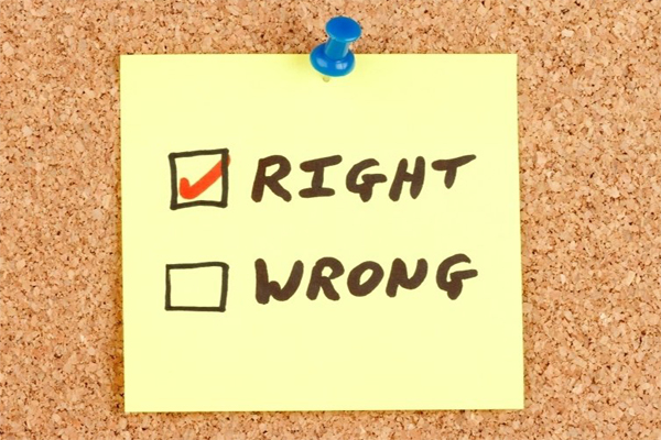 right wrong post-it
